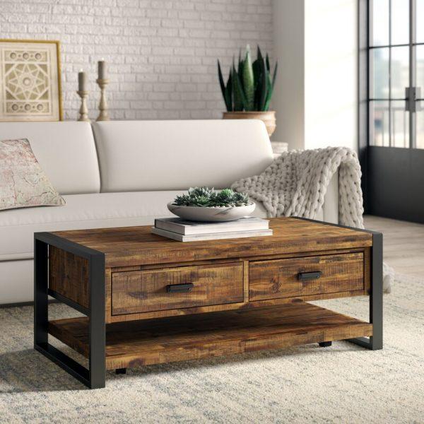 hình ảnh cận cảnh mẫu bàn cà phê gỗ khung sắt có ngăn kéo đôi