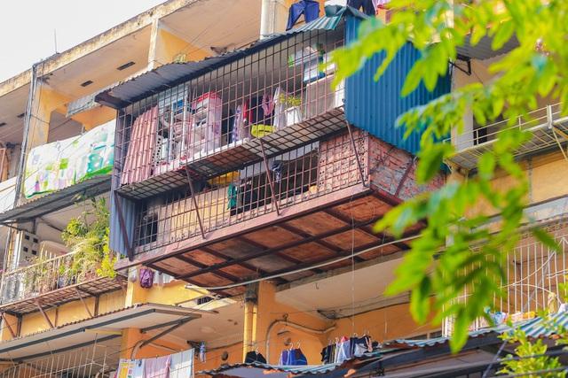 Hà Nội quyết di dời các hộ dân ra khỏi chung cư cũ nguy hiểm