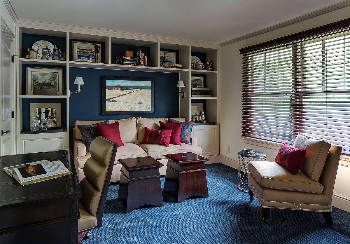 Màu xanh lam tạo nên sự khác biệt cho nội thất phòng khách phong cách hiện đại.