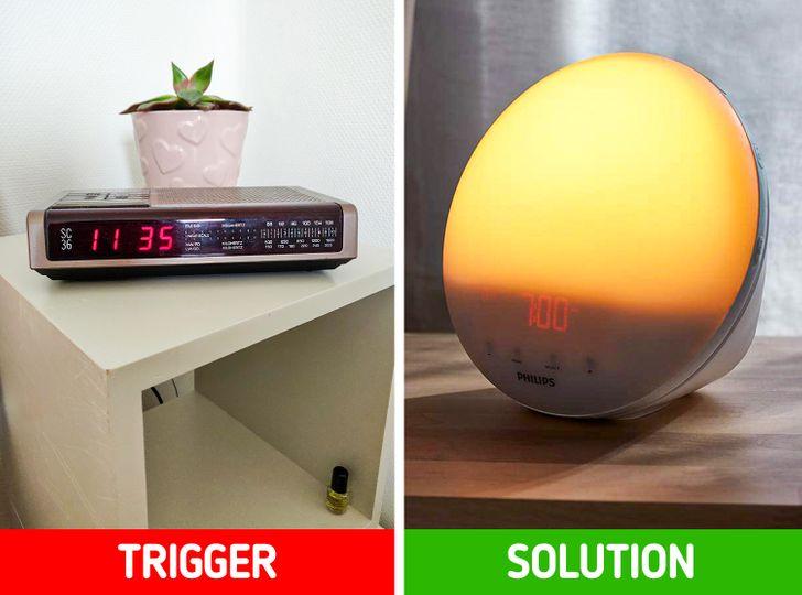 hình ảnh minh họa cho việc thức dậy bằng chuông đồng hồ báo thức và ánh sáng đèn bắt chước ánh sáng tự nhiên