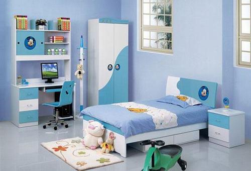 hình ảnh phòng ngủ con trai màu xanh lam kết hợp sắc trắng trong ngôi nhà lô hiện đại