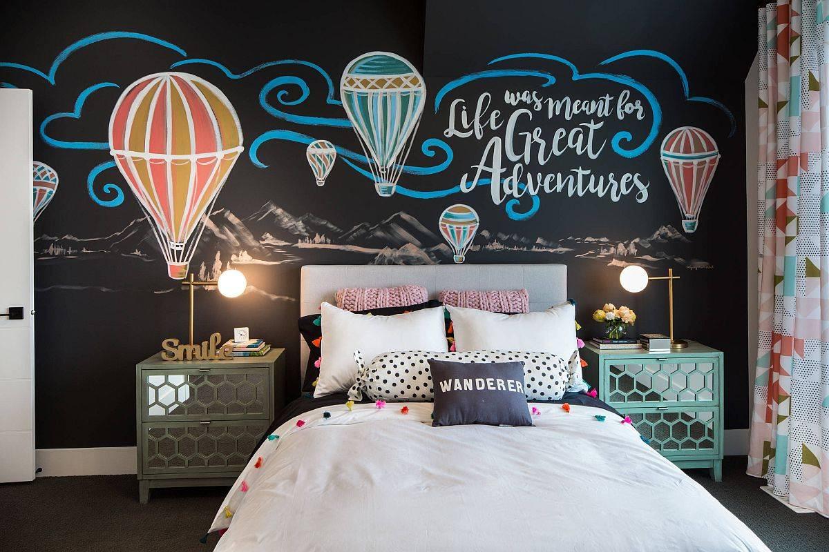 Phông nền màu đen quyến rũ, đầy bí ẩn trong phòng ngủ dành cho thanh thiếu niên.