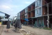 Bán nhà xây thô 1 trệt 2 lầu, tại chợ Tân Thành, Lai Vung