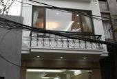 Cho thuê nhà mặt phố Tô Hiến Thành gần ngã 3- 4 sáng đẹp 150m2, MT 5m, 3 tầng
