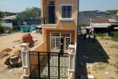 Bán nhà hoàn thiện mới gần Đinh Đức Thiện, giáp Bình Chánh, 3 PN, 2 WC, sổ hồng riêng