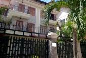Cần bán nhanh trong tháng biệt thự song lập đường Nguyễn Thị Thập P. Bình Thuận Q. 7, giá 18.5 tỷ