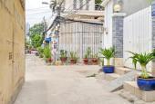 Bán gấp nhà 52 đường Nguyễn Thị Thập, Quận 7, DT: 4x15m - 3 lầu