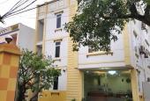 Cho thuê căn nhà 3 tầng mới xây dựng, trên mặt đường 261, cách ngã tư Phổ Yên 500m