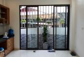 Tôi cần bán nhà gần đường Trương Định, DT 36m2 x 5 tầng, nhà rất đẹp, giá 2,58 tỷ, SĐCC