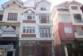 Cho thuê biệt thự góc 2 mặt tiền đường Hoa Mai, Phú Nhuận 1 hầm, 1 trệt, 2 lầu, nhà mới đẹp