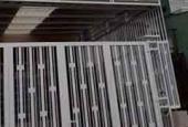 Cần cho thuê nhà tại đường Cổ Loa, 2 tầng, 1 lửng giá 8.5 triệu/tháng