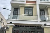 Khu nhà Vạn Xuân 33 căn XD đẹp hoàn thiện nội thất đường  Thạnh Lộc 19 cách ngã 4 Ga 1,2km
