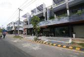 Cần tiền bán gấp căn nhà 3 tầng, mặt tiền đường Ngô Quyền, ngay khu thương mại Shopping Street