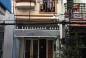 Cần bán gấp nhà Thích Quảng Đức, cách đường 60m, DT 51.6m2, 4.3x12m nhà 2 lầu, giá 3.8 tỷ
