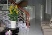 Nhà mê lệch Trần Cao Vân đường 4m ; vỉa hè 1m .Dt 64m2 ; giá chỉ 1,75 tỷ