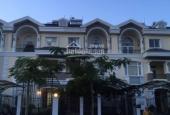 Xuất cảnh bán nhanh biệt thự Hưng Thái, 7x18m, thiết kế 4PN, đầy đủ nội thất, có sân vườn có gara