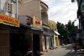 Bán gấp nhà đường Dương Đức Hiền, Tân Phú, DT 4x14m, 1 trệt, 1 lửng (hai mặt tiền). Giá 3,85 tỷ