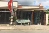 Bán nhà Bình Chánh DT 840m2, đường Hương Lộ 11, giá 2.4 tỷ (20x42m)