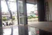 Cho thuê nhà nguyên căn MT đường 2/4, Vĩnh Phước, Nha Trang, thích hợp kinh doanh. LH 01632393791