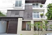 Bán biệt thự gần trục đường Nguyễn Văn Trỗi, Phường 10, Phú Nhuận 8x21m, giá hot