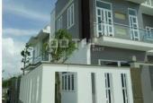 Bán villa 7x15m, SH riêng, CV hồ Cá Koi đường Phan Văn Hớn