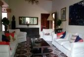 Cần cho thuê biệt thự ở Hòa Hưng, Q10, có 9 phòng, sân vườn rộng, mát, nghỉ dưỡng hoặc làm VP