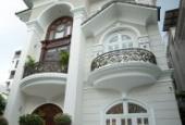 Định cư tại Nga cần bán biệt thự đơn lập Nam Quang có hồ bơi, quận 7. LH: 0917857039
