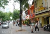 Bán nhà đường Nguyễn Văn Mai, phường 8, quận 3, DT: 11x22m