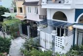 Bán gấp nhà 2 lầu mới đẹp nở hậu hẻm 40 Nguyễn Khoái, Quận 4