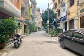 Bán nhà 2 tầng, phố Ngọc Lâm 50m2, ôtô, KD, giá chỉ 2.8 tỷ. LH 0904627684