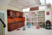 Bán nhà La Thành - 2 mặt thoáng - 6 tầng - nhà đẹp - giá chỉ 78tr/m2 - 0968668132