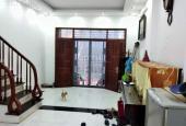 Bán nhà cuối Nguyễn Chí Thanh, Ba Đình, 38m2 * 5 tầng, ngõ thông, ô tô đỗ cách nhà 10m, 3.5 tỷ