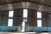 Cần cho thuê gấp 4 kho xưởng mới xây dựng DT: 2700m2, LH: 0911.447.908