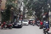 Gia đình tôi cần bán gấp nhà Nguyễn Đình Thi, sát mặt Hồ Tây ngõ to như phố, 40m2, giá 4.2 tỷ
