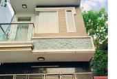 Định Cư MỸ, Bán nhà Hoàng Hoa Thám, 11 m ra PHỐ, 48 m2, 5 tầng, 4,5 Tỷ.