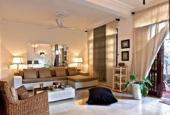Bán gấp biệt thự phố Nguyễn Đình Thi, 125m2 x 3 tầng, giá 17.5 tỷ