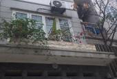Nhà tôi phố Đội Cấn, Ba Đình muốn bán, giá chưa đến 80tr/m2, diện tích 50m2 xây 3 tầng