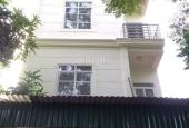 Gia đình xuất cảnh bán lại căn nhà villa đường Cao Đạt khu vực dân trí cao, giá 13,3 tỷ