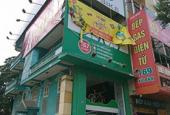 Cho thuê nhà MP Láng Hạ, MT 8m, DT 80m2, 1 tầng, giá: 85 triệu/tháng. LH 0912768428
