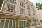 Gia đình tôi định cư qua Mỹ nên cần bán căn nhà 3 lầu nằm ngay đường 18, Phạm Văn Đồng