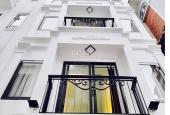 Bán nhà gấp DT 36m2 x 4,5 tầng, gồm 3 phòng ngủ, một phòng khách. Ngõ 158 Nguyễn Văn Cừ