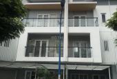 Bán nhà phố Mega Village Khang Điền view hồ bơi, diện tích xây dựng 261m2. Gọi ngay 0982667473