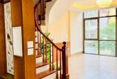 Bán nhà mặt phố Nguyễn Ngọc Nại 40m2, 6 tầng, MT 4 mét, giá 13.5 tỷ