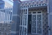 Cần bán căn nhà cấp 4 mới hoàn thiện xã Phú Đông DT 88m2, sổ riêng, thổ cư 100%
