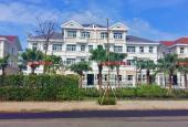 Biệt thự Chateau Phú Mỹ Hưng căn 3 lầu view hồ bơi