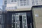 Bán nhà 1 trệt, 1 lầu 5x20m, giá 1.4 tỷ gần bệnh viện Hàn Quốc, Đức Hòa. LH: 0949.8612.87