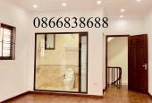 Cần tiền bán gấp căn nhà 5 tầng * 45m2 Lâm Du, Bồ Đề, giá 4 tỷ. LH 0866838688