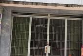 Trả nợ NH gấp nhà nát sổ riêng đường Nguyễn Hữu Tiến, Q. Tân Phú, giá TT 950tr/64m2 LH 0933603102