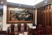 Cần bán căn nhà phố Ngụy Như Kon Tum -  Ô tô cất nhà, lô góc siêu thoáng, Nội thất gỗ quý