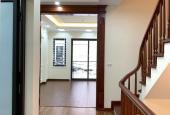 Nhà đẹp phố Đội Nhân - Ô tô đỗ cửa - Thiết kế hiện đại - Giá 4.7 tỷ